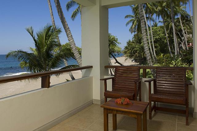 Tango Mar – Beachfront Zimmer Balkon