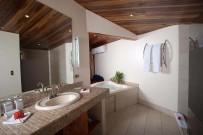 Tiki Suite Badezimmer