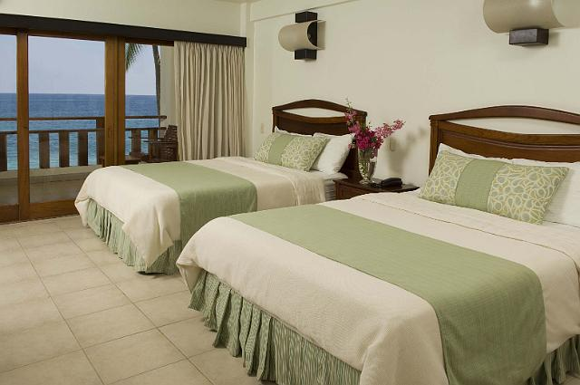 Tango Mar – Beachfront Rooms Two Beds