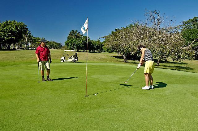 Tango Mar – Golf Course