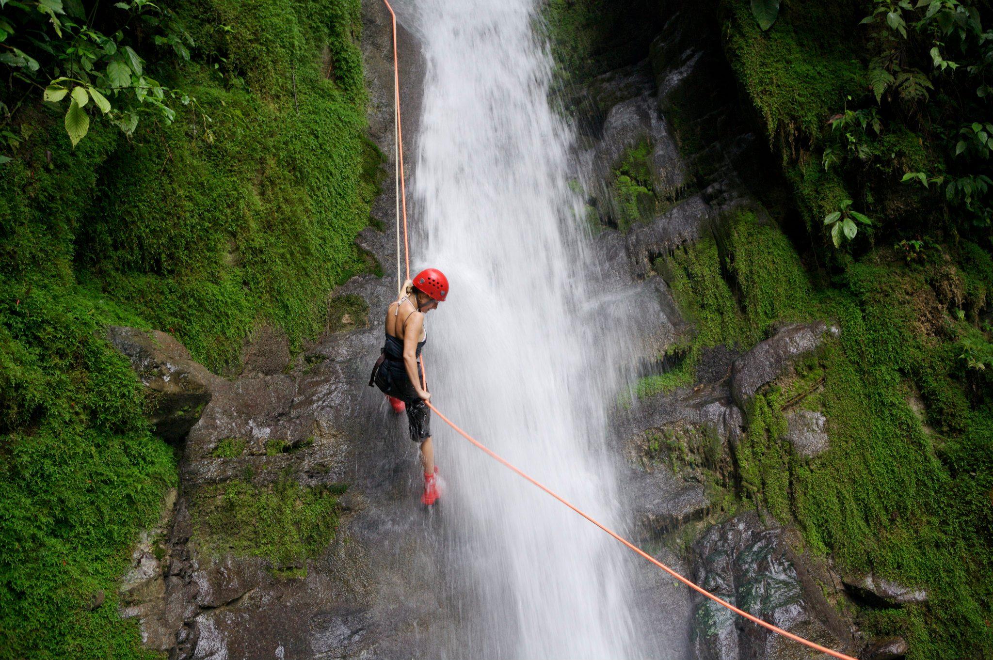 Selva Bananito – Waterfall, Abseilen