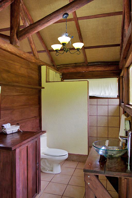 La Anita Rainforest Lodge Badezimmer