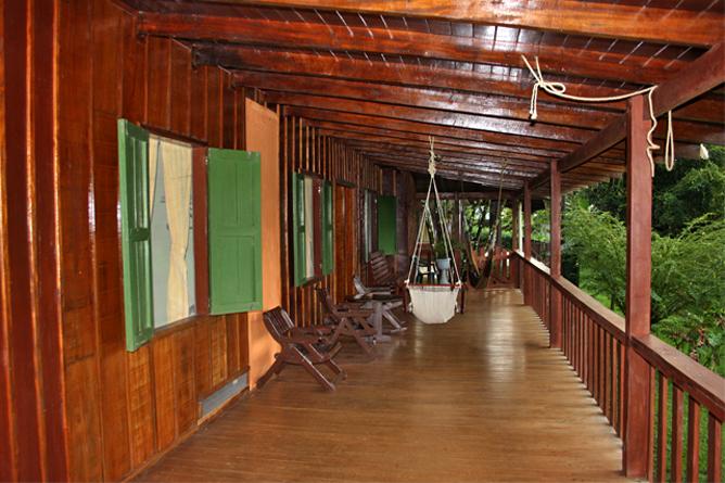 Laguna del Lagarto Lodge – Terrasse