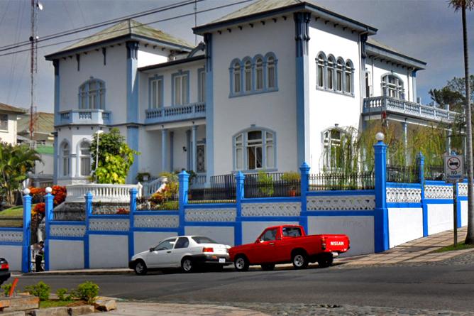 Villa in San José