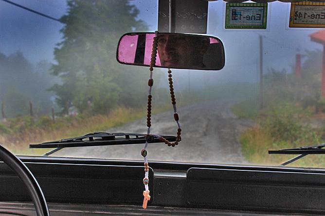 Albergue Pozo Verde – mit Douglas und dem Range Rover durch den Nebelwald