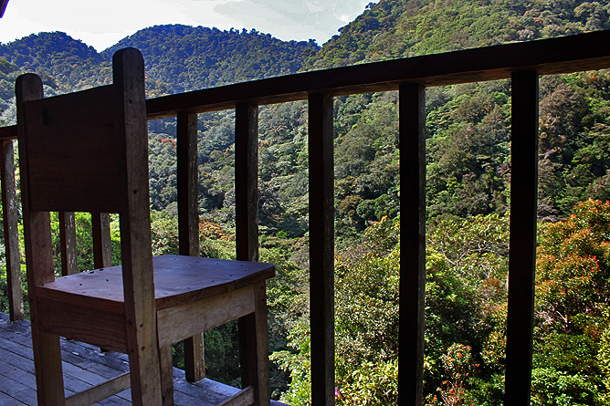 Albergue Pozo Verde – Holzbungalow: Balkon
