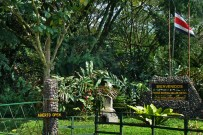 Arenal_Observatory-Arenal-Parque-Entrada