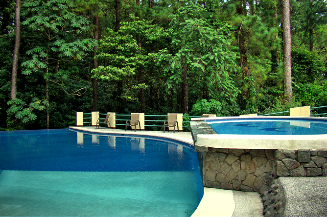 Arenal Observatory – Pool