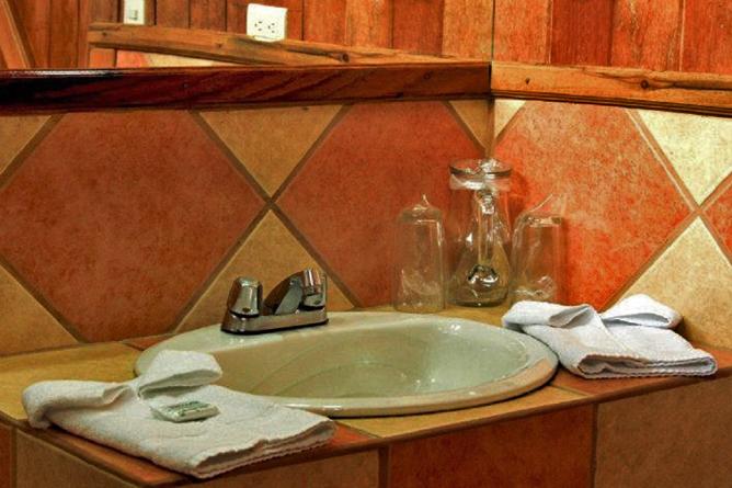 Monteverde Cloud Forest Lodge Badezimmer