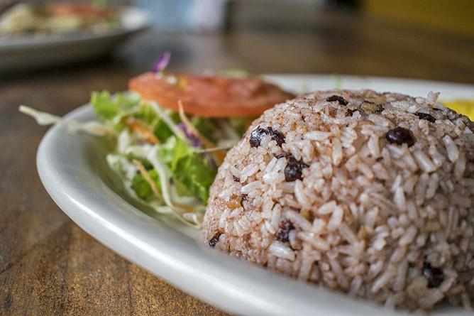 Bugabutik Restaurant Karibisches Gallo Pinto mit Kokosmilch