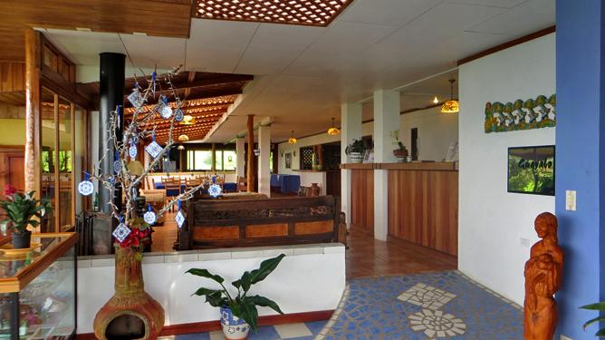 Guayabo Lodge – Empfangshalle
