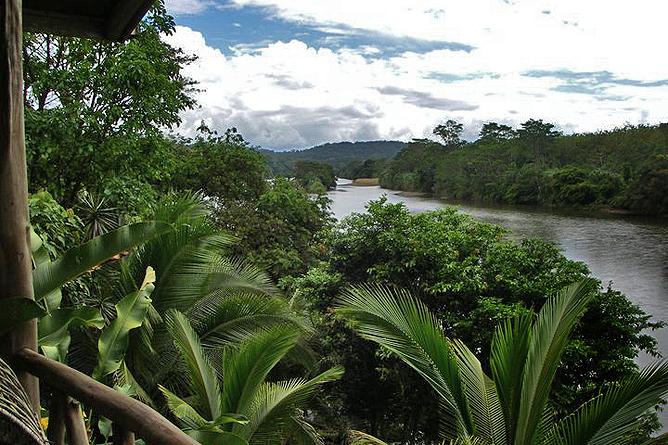 Pedacito de Cielo – Bungalow: Sicht auf Fluss