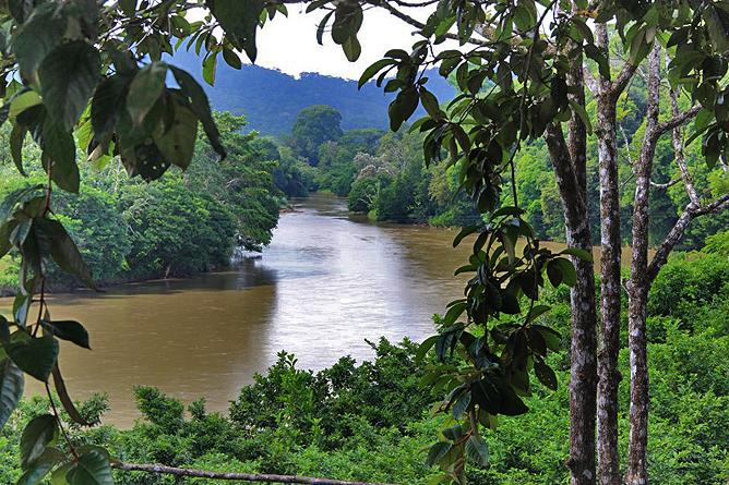 Pedacito de Cielo – Río San Carlos