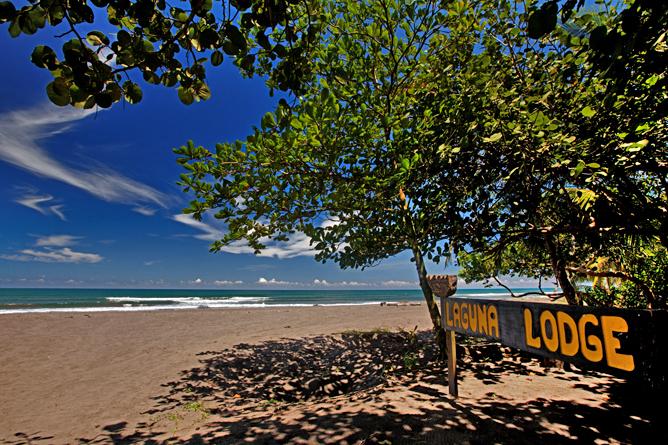 Laguna Lodge Tortuguero – Strand