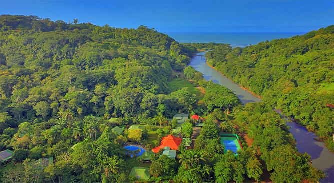Luftbild Villas Río Mar Meer und Fluss