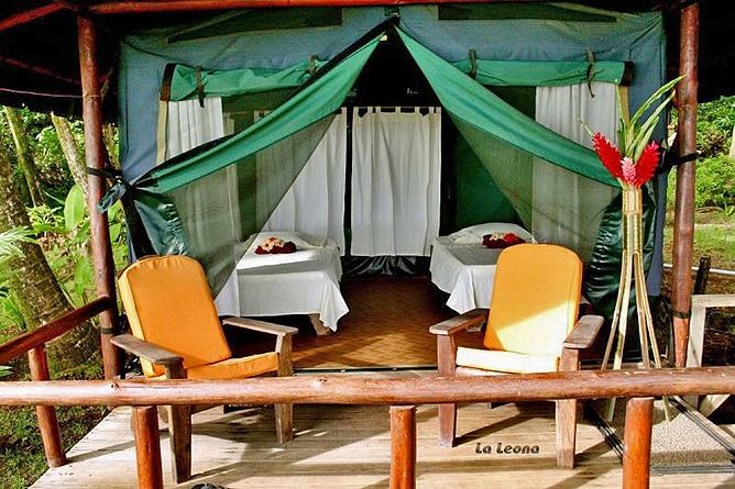 la-leona-lodge-tienda02