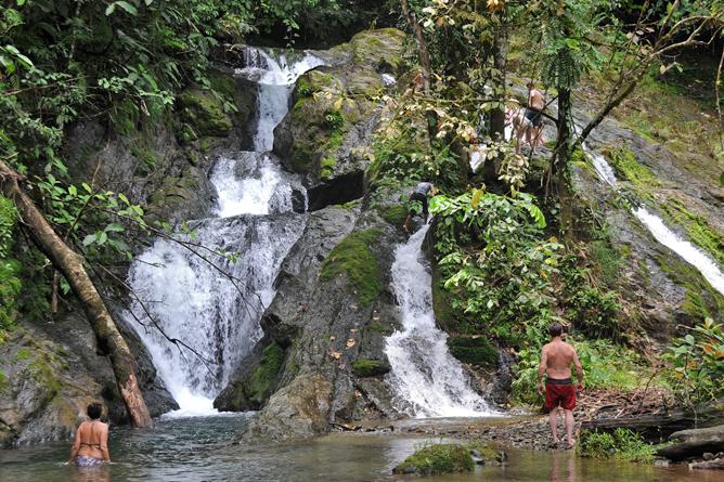 esquina_rainforest-El-Chorro
