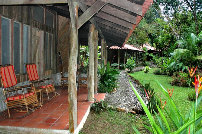 esquina_rainforest-cabins3