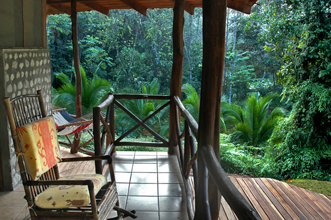 esquina_rainforest-villa_porch