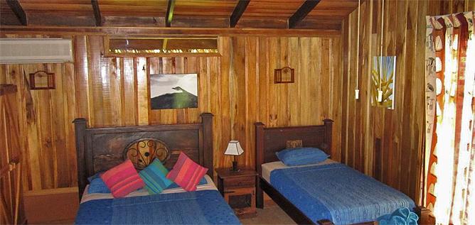 Arenal Kokoro – Familien-Bungalow: Queenbett und Einzelbett