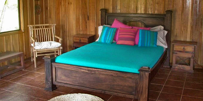 Arenal Kokoro – Familien-Bungalow: Bett