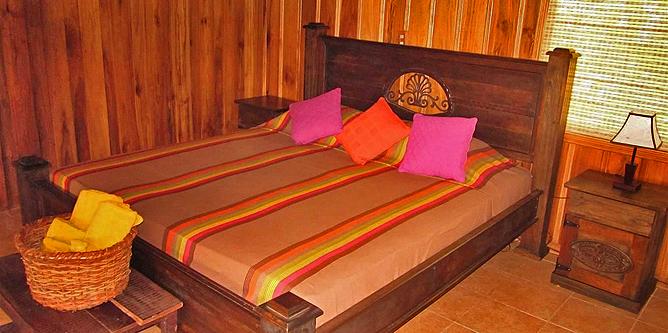 Arenal Kokoro – Familien-Bungalow: Kingsize Bett