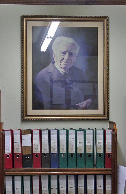Don Carlos – Gründervater Carlos Balser