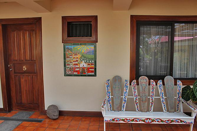Don Carlos – Korridor im Kolonial-Gebäudetrakt