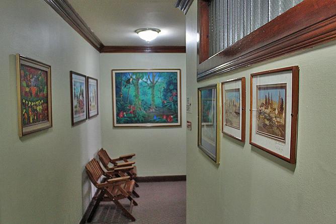 Don Carlos – Korridor: Bildergalerie im ersten Stock