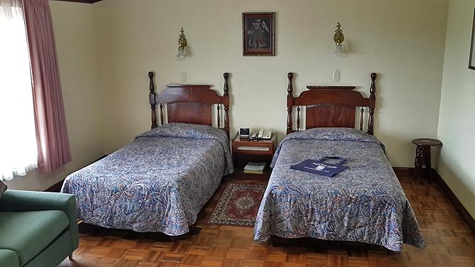 Don Carlos – Standard-Zimmer: Einzelbetten