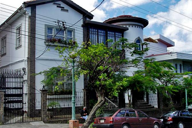 Don Carlos – Umgebung: Barrio Amon