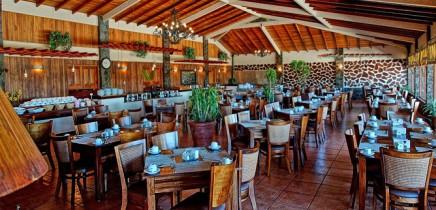El-Establo-Restaurant-Las-Riendas