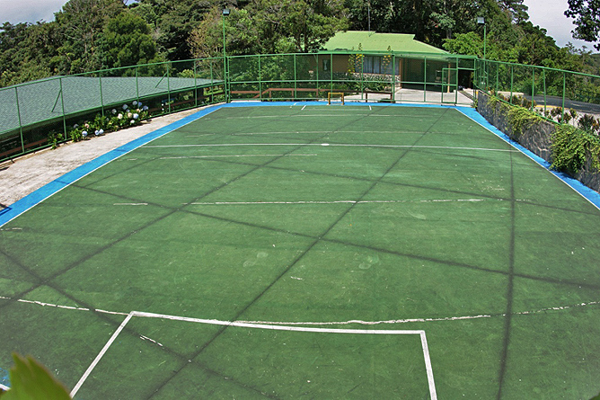 El Establo – Tennisplatz