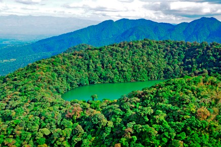 Green-Lagoon-Cerro-Chato-Lagune