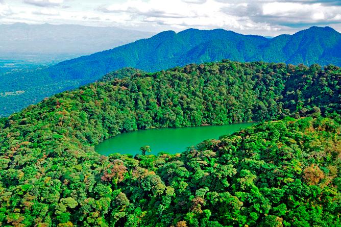 Green Lagoon – Cerro Chato Lagune
