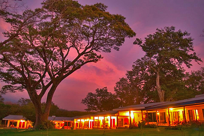 Hacienda Guachipelin – Abendstimmung