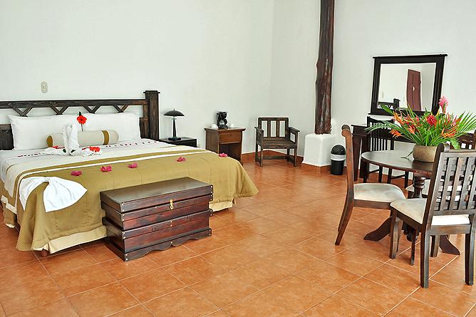 Hacienda Guachipelin – Suite