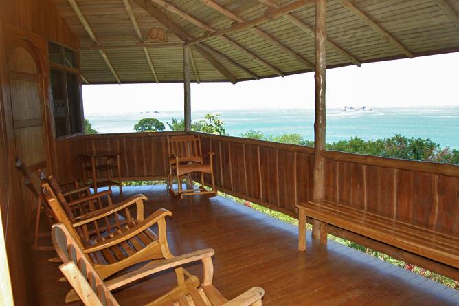 La Cusinga Ecolodge – Terrasse
