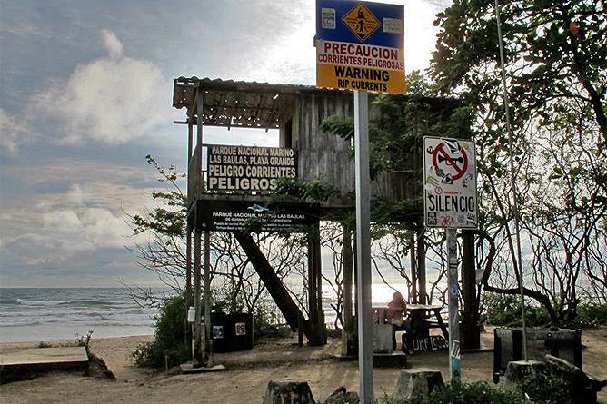 Rip Jack Inn – Playa Grande: Vorsicht beim Baden!