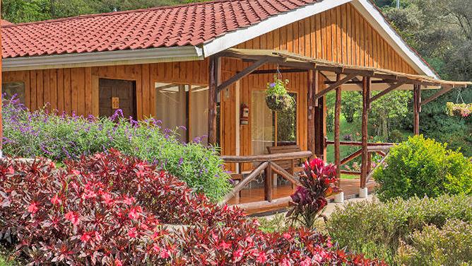 Suria Lodge Garten