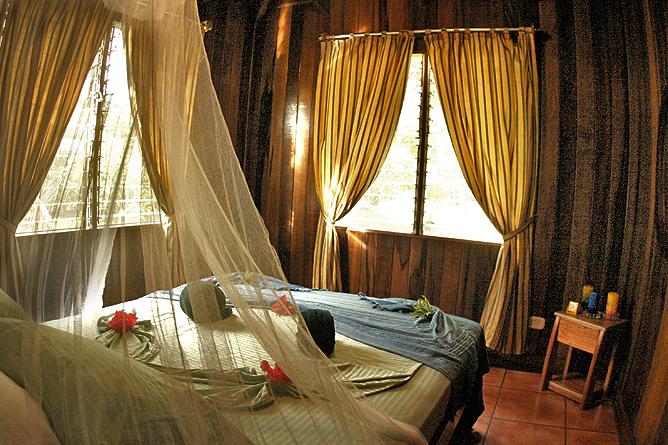 Turtle Beach Lodge – Standard-Zimmer Doppelbett