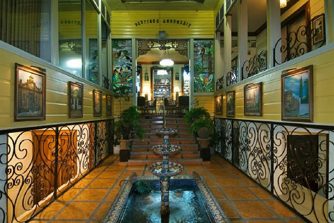 Don Carlos Hotel in San José, Costa Rica