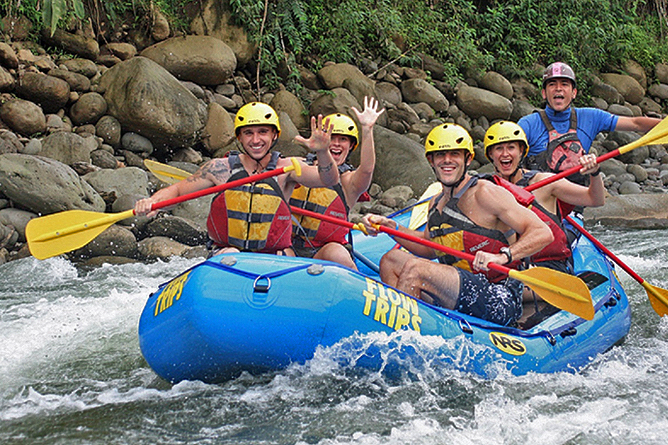 Ríos Tropicales Sarapiqui Rafting