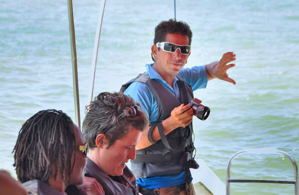 Bahia Aventuras – Walbeobachtung: Guide