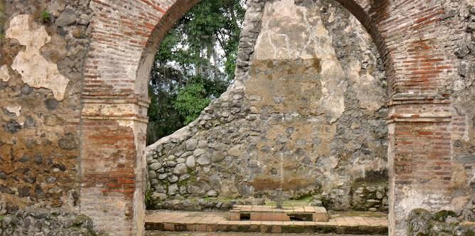 Ruinen-Ujarras-3