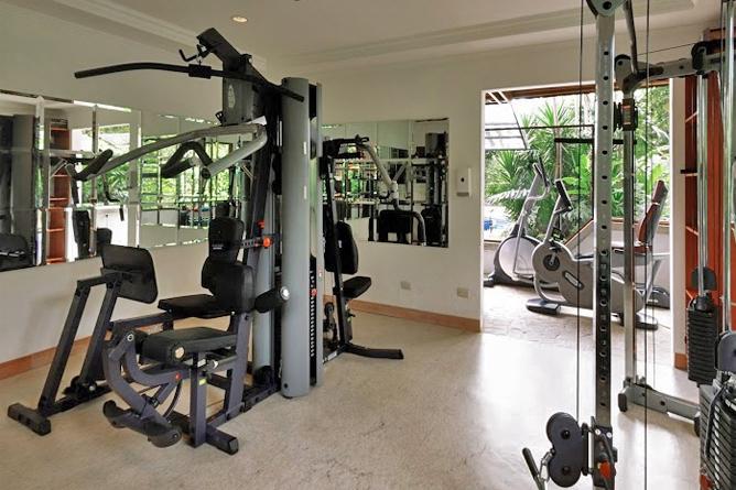 Bougainvillae – Fitnessraum
