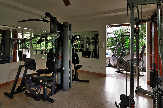 Bougainvillea – Fitnessraum