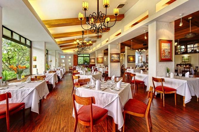 Bougainvillea – Restaurant