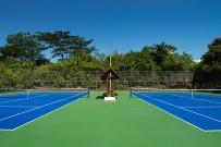 Bougainvillea-Tennisplatz