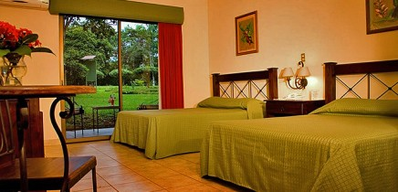 Natural-Lodge-Caño-Negro-Deluxe-Zimmer